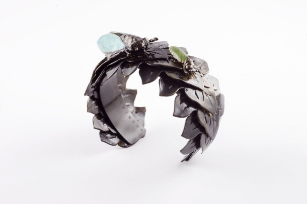 art_brass_7_-_vernissage_imperial_moths_bracelet_2